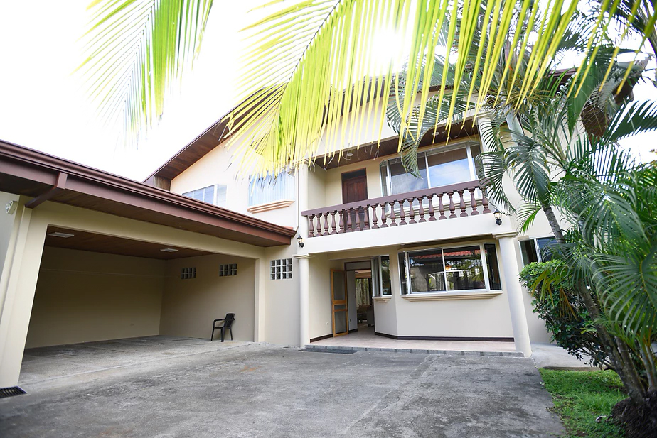 Vacation Rentals In Jaco Town
